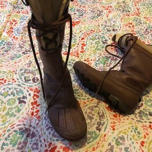 Uggs winter boots. Used but in good condition